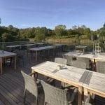 Terrasse mit Blick Richtung Teich